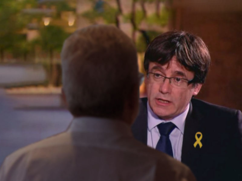 Puigdemont caught having dinner in Brussels with someone who might NOT be a terrorist